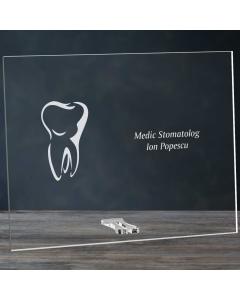 Cadou personalizat placheta din plexiglas - Doctor stomatolog | Ghizbi.ro