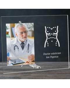 Cadou personalizat rama plexiglas -  Doctor estetician | Ghizbi.ro