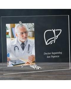 Cadou personalizat rama plexiglas -  Doctor hepatolog   Ghizbi.ro
