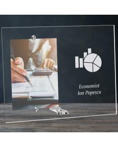 Cadou personalizat rama plexiglas -  Economist   Ghizbi.ro
