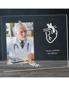 Cadou personalizat rama plexiglas -  Doctor cardiolog | Ghizbi.ro
