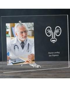 Cadou personalizat rama plexiglas -  Doctor urolog | Ghizbi.ro