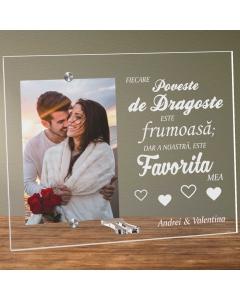 Cadou personalizat rama plexiglas - Povestea de dragoste favorita | Ghizbi.ro