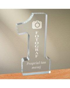 Cadou personalizat trofeu plexiglas cifra - Cel mai bun fotograf | Ghizbi.ro