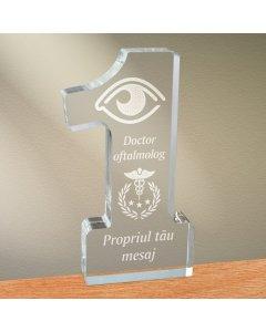 Cadou personalizat trofeu plexiglas cifra - Doctor oftalmolog | Ghizbi.ro