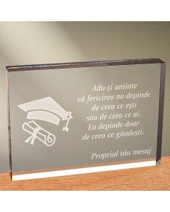 Cadou personalizat trofeu plexiglas dreptunghiular - Fericirea depinde de ce gandesti | Ghizbi.ro