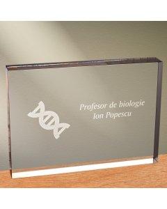 Cadou personalizat trofeu plexiglas dreptunghiular - Profesor de biologie | Ghizbi.ro