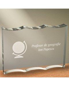 Cadou personalizat trofeu plexiglas ondulat - Profesor de geografie   Ghizbi.ro