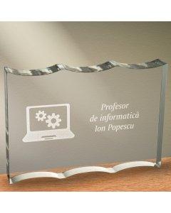 Cadou personalizat trofeu plexiglas ondulat - Profesor de informatica | Ghizbi.ro