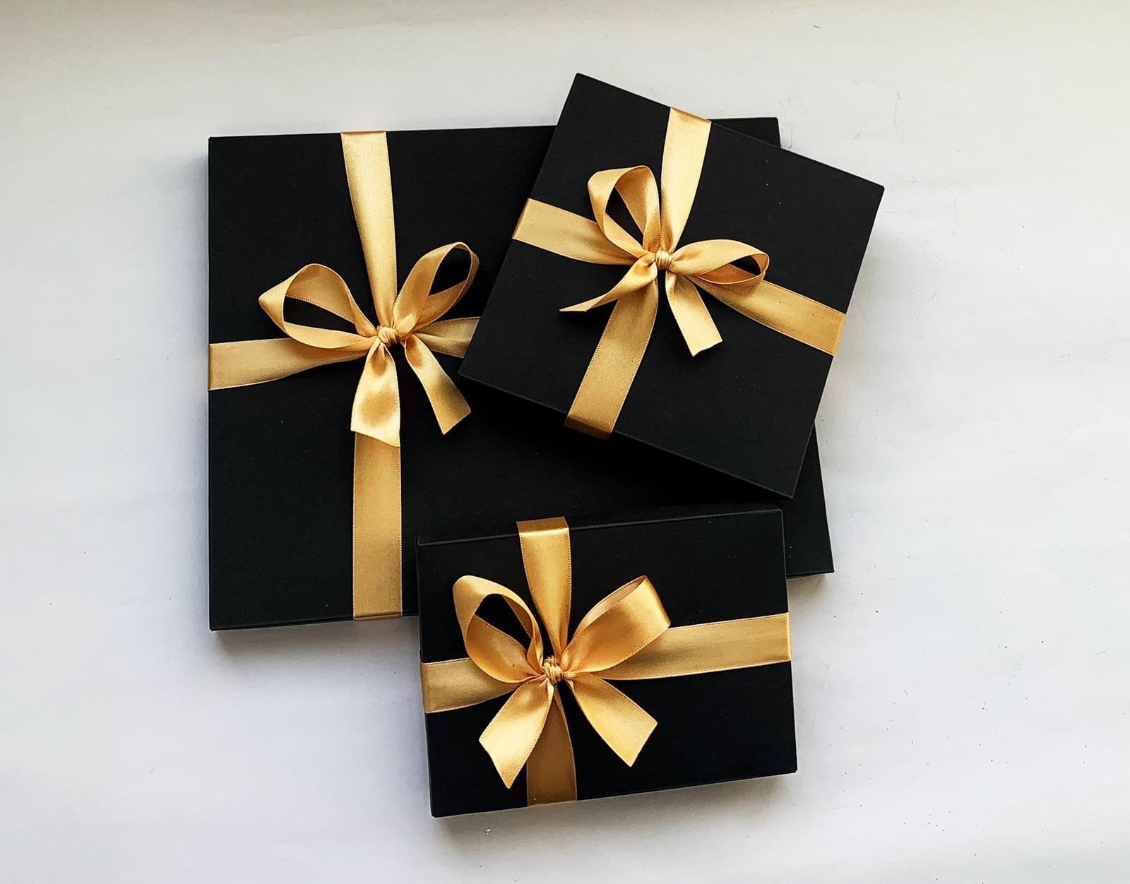 Ambalare de cadou pentru cadourile Ghizbi
