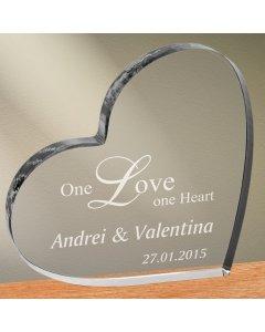 Cadou personalizat trofeu plexiglas inima - One love one heart | Ghizbi.ro