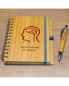 Cadou personalizat agenda si pix din lemn - Doctor neurolog   Ghizbi.ro