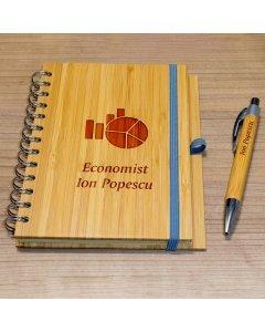 Cadou personalizat agenda si pix din lemn - Economist | Ghizbi.ro