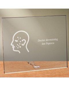 Cadou personalizat placheta din plexiglas - Doctor dermatolog