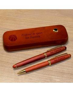 Cadou personalizat set instrumente de scris din lemn trandafir - Profesor de sport
