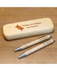 Cadou personalizat set pix, creion mecanic si penar din lemn - Profesor de biologie