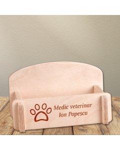 Cadou personalizat suport carti de vizita din lemn - Doctor veterinar
