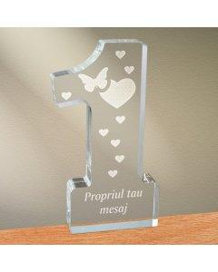 Cadou personalizat trofeu plexiglas cifra inimi - Emotii de iubire