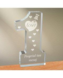 Cadou personalizat trofeu plexiglas cifra inimi - Notita de iubire