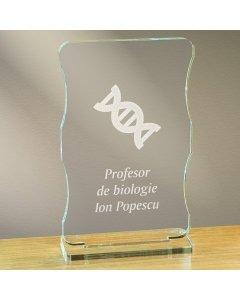 Cadou personalizat trofeu plexiglas cu suport - Profesor de biologie   Ghizbi.ro