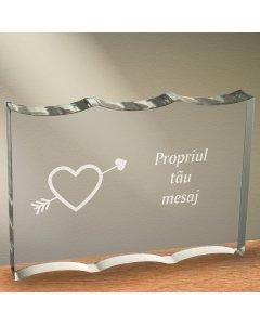 Cadou personalizat trofeu plexiglas dreptunghiular cu onduleuri - Indragostit