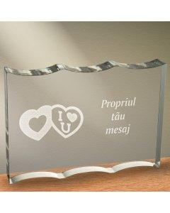 Cadou personalizat trofeu plexiglas dreptunghiular cu onduleuri - Te iubesc