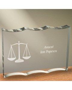Cadou personalizat trofeu plexiglas dreptunghiular tesitura ondulata - Avocat