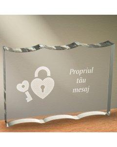 Cadou personalizat trofeu plexiglas dreptunghiular tesitura ondulata - Cheia inimii mele