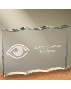 Cadou personalizat trofeu plexiglas ondulat - Doctor oftalmolog