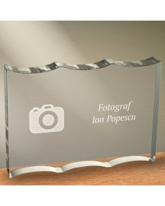 Cadou personalizat trofeu plexiglas ondulat - Fotograf | Ghizbi.ro