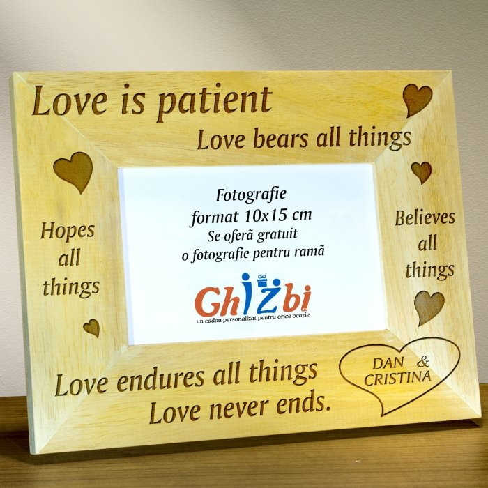 Cadou personalizat rama din lemn - Love is patient