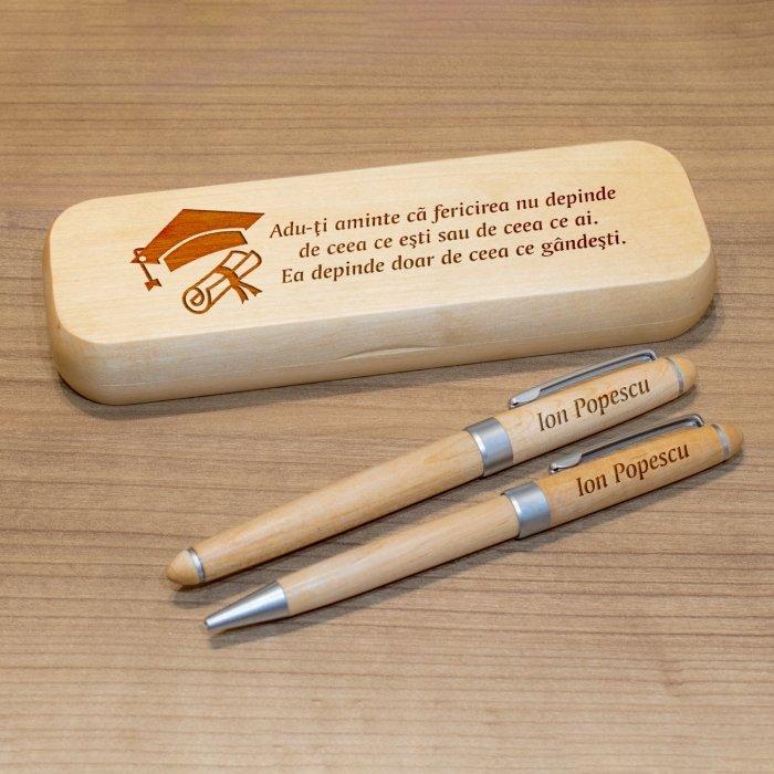 Cadou personalizat set pixuri si penar din lemn - Fericirea depinde de ce gandesti