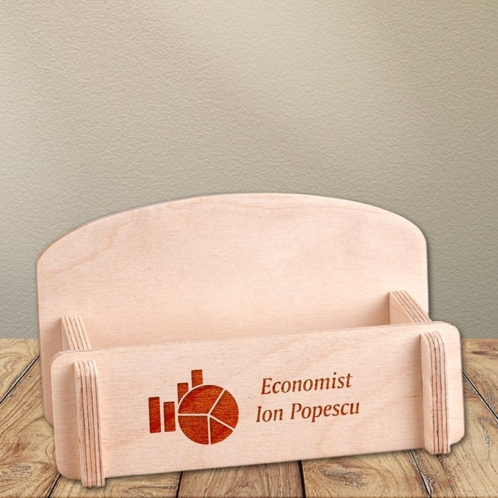 Cadou personalizat suport carti de vizita din lemn - Economist