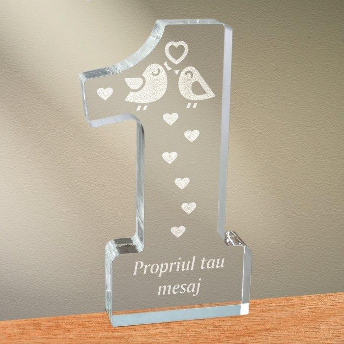 Cadou personalizat trofeu plexiglas cifra inimi - Perechea perfecta