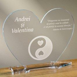 Cadou personalizat placheta plexiglas inima - Echilibru in dragoste